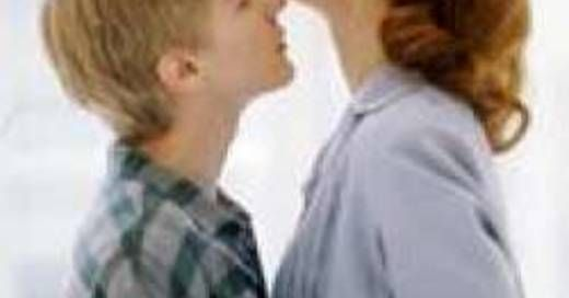 Best Older Woman Young Menboy Relationship Movies -8820