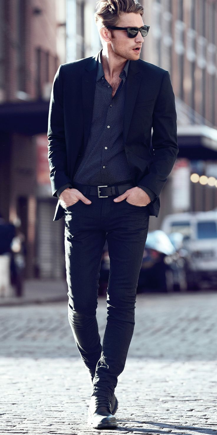 Must-Have Looks: Cotton Sateen Notch Lapel Blazer, Extra Slim Printed Shirt, Rocco Slim Fit Skinny Leg Jean. #express #mensfashion #streetstyle