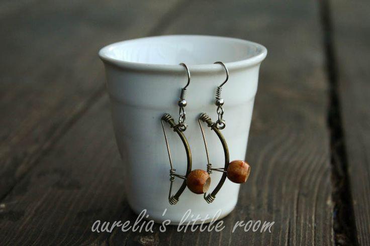 Berimbau earring
