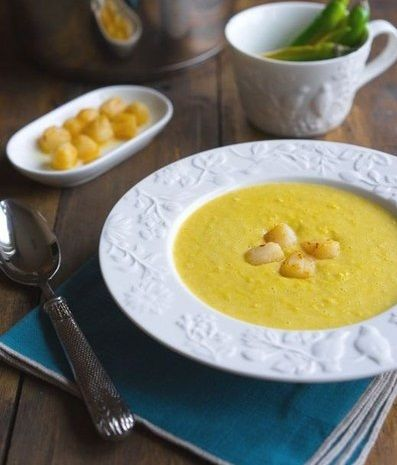 Spicy corn soup with cream