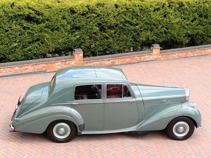 3636c601dd2abff4e9578e49dfb480fc limousine rolls royce 88 best bentley images on pinterest vintage cars, bentley car  at reclaimingppi.co