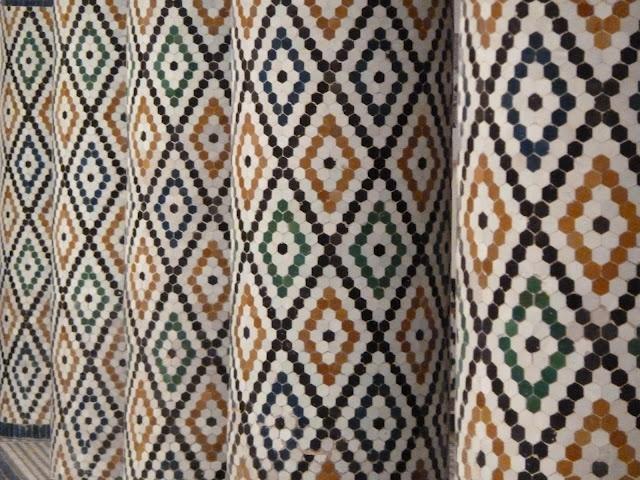 1000 bilder zu diy mosaik marokkanisch auf pinterest marokkanischer stoff mosaik und. Black Bedroom Furniture Sets. Home Design Ideas