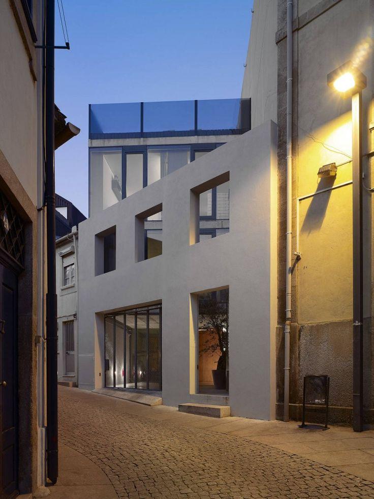 Outeiro House | EZZO | photo Joao Ferrand
