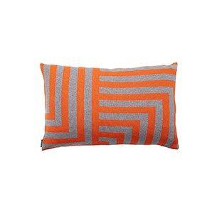 Meta lysgraa/orange pude / knitted cushion / 100 % wool / made in denmark