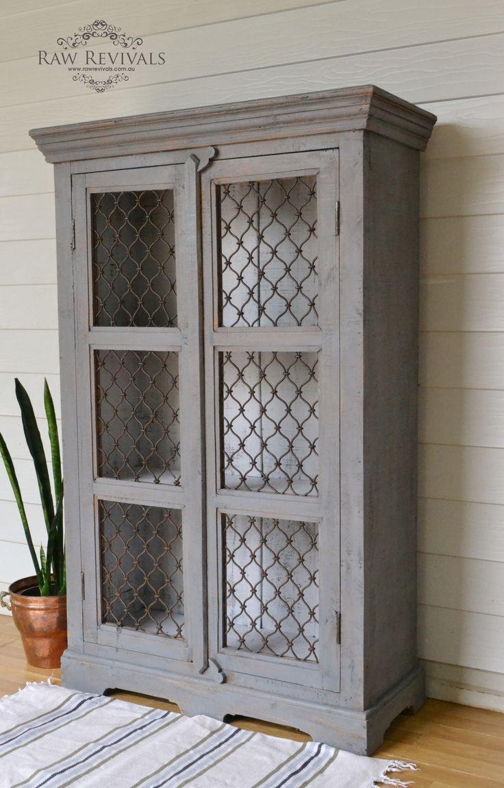 armario vitrina pintado en gris