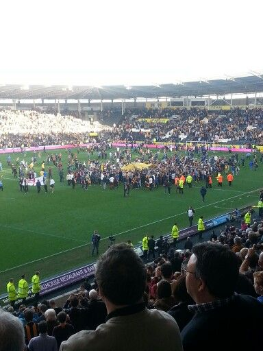 Hull City fans celebrate victory over Sunderland. FA Cup Quarter Final 2014