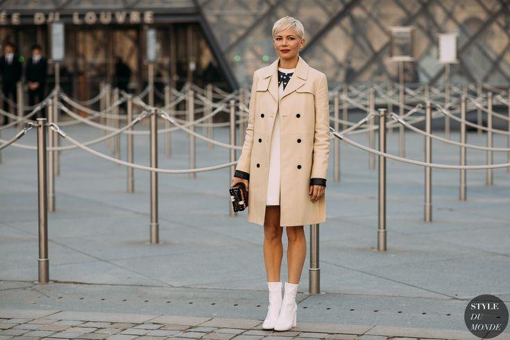 Paris FW 2018 Street Style: Michelle Williams