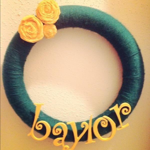 Wreaths Crafts, Sic Ems Bears, Adorable Baylor, Dorm Room, Crafty Wreaths, Easy Crafts, Baylor Wreaths, Baylor Texas, Baylor Bears Wreath