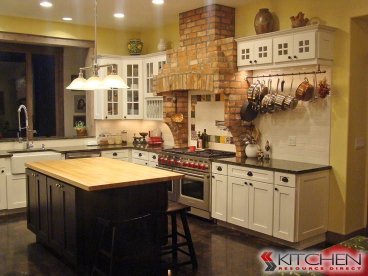 Best 25 discount kitchen cabinets ideas on pinterest for Cheap shaker kitchen cabinets