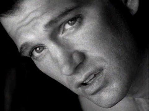 Chris Isaak - Wicked Game (Subtitulada Español)  Voz en Español