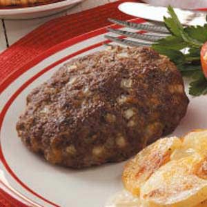 Easy Chopped Steak Recipe.  Simple ingredients.  I'm gonna make mushroom beef gravy to top it off.  YUM!