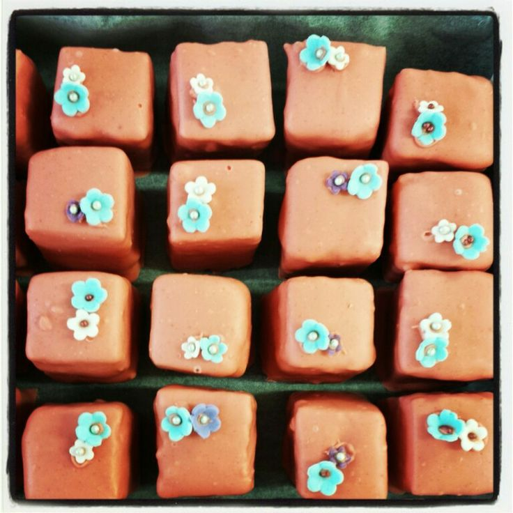 Petite fours. The Confectionery Collection