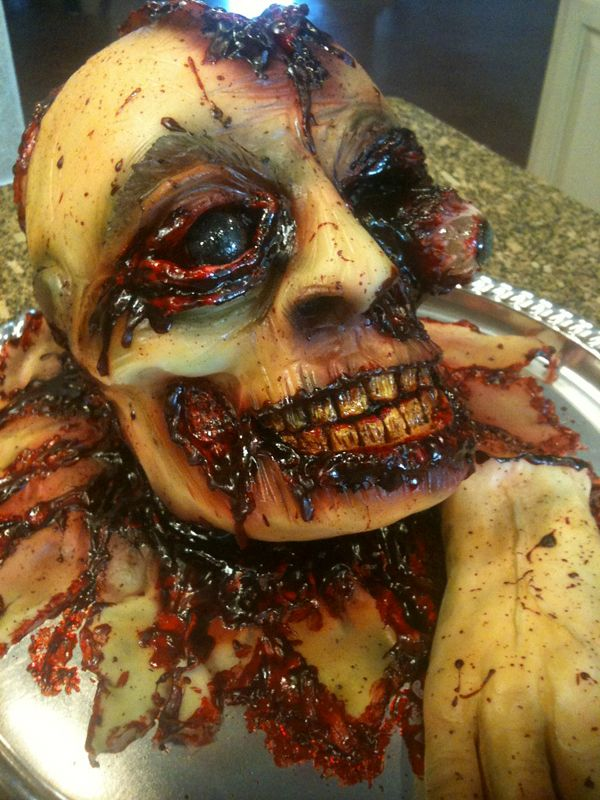20 creepy spooky and scary halloween cakes - Gruesome Halloween Food