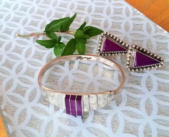 Vintage 1970's cuff bracelet and earring set  vintage