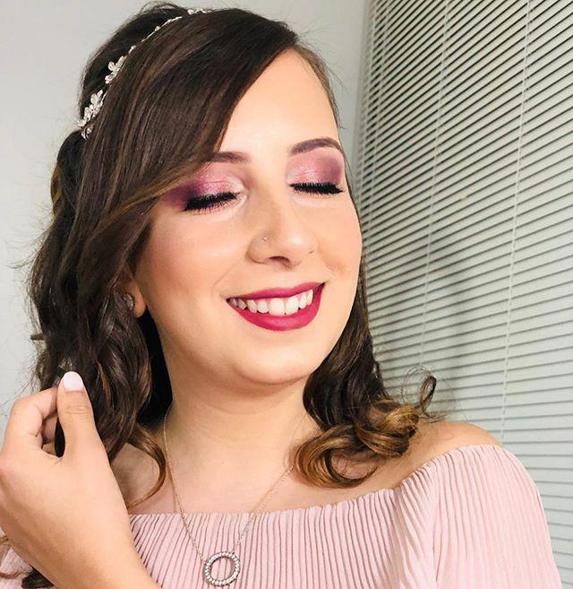 New The 10 Best Makeup Ideas Today With Pictures عززي رونق عينيك الملونتين كم مرة القيت الضوء على ميزاتك الجميلة Audacious Natural Glow Enhances Makeup