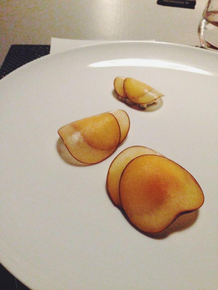 Cafe Paci // blue swimmer crab, sorrel, plum