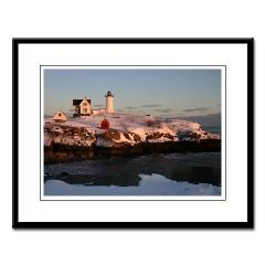 Nubble Light Large Framed Print> IMAGES&DEZIGNS