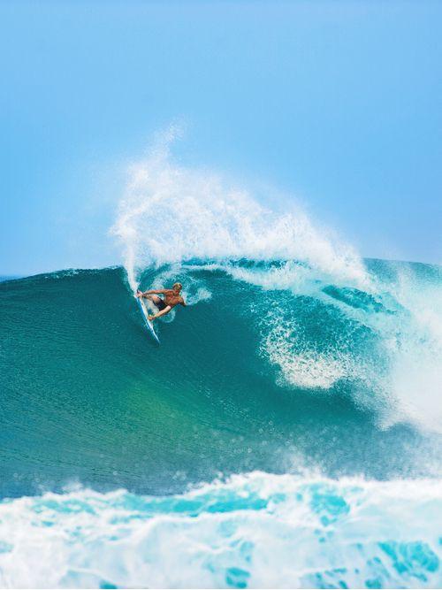 Playing with waves #surfing http://www.blueprinteyewear.com/