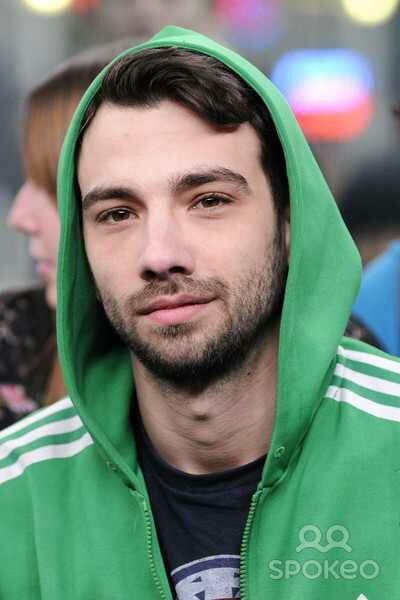 Jay Baruchel is the sexiest nerd! <3 him! ok, it's becouse of pics like thist that i like him som much. I think he is realy handsome.