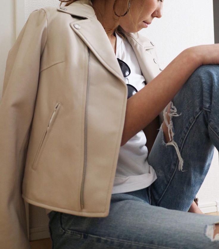 CCCROSS  spring leather jacket  Tシャツのうえにサッと羽織るだけで 様になる シンプルにスッキリとしたデザイン レザーはシンプルが一番  #cccross #レザージャケット #leatherjacket #simplestyle #シンプルコーデ #outfit #ootd #今日のコーデ #今日の服 #ファッション#fashion #tシャツ #tシャツコーデ #coordinate #コーディネート #2017ss #春物 #newarrival #吹田市 #吹田市セレクトショップ #吹田市関大前セレクトショップ #吹田市関大前駅セレクトショップ #関大前 #セレクトショップアンスリール #セレクトショップunsourire #セレクトショップ大阪 #内装工事中 #2月23日 #リニューアルオープン