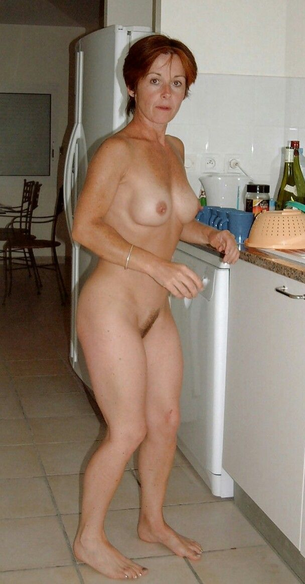 mum naked in the kitchen