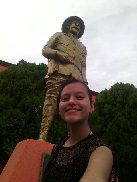 Estatua del General Francisco Villa (1887-1923), en el Museo del Agrarismo Mexicano Avenida Lucio Blanco, Heroica Matamoros, Tamaulipas.