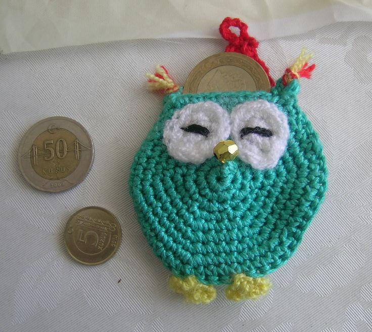 Green tiny owl pouch.  Grüne kleine Eule Tasche.  Yeşil minik baykuş kese. owl purse