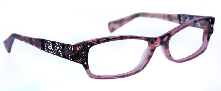 LEGENDE, optical style from our Lafont Paris collection.