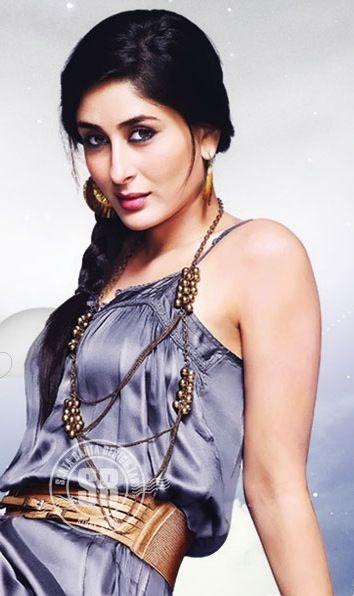 #Bollywood #Actress Kareena Kapoor Dazzling