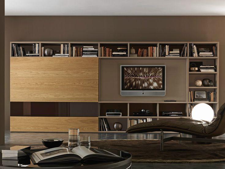 Sectional lacquered TV wall system Pari&Dispari - COMP 336 by Presotto Industrie Mobili design Pierangelo Sciuto
