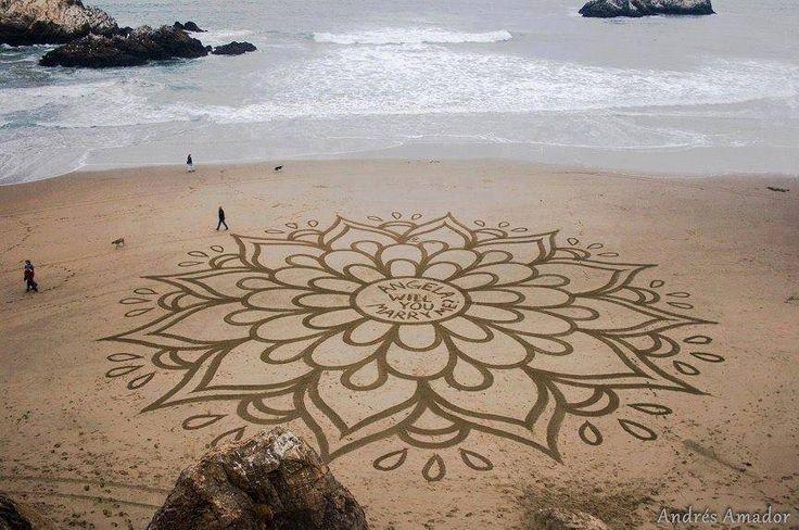 Capolavori in spiaggia.  Le splendide opere di Andres A.