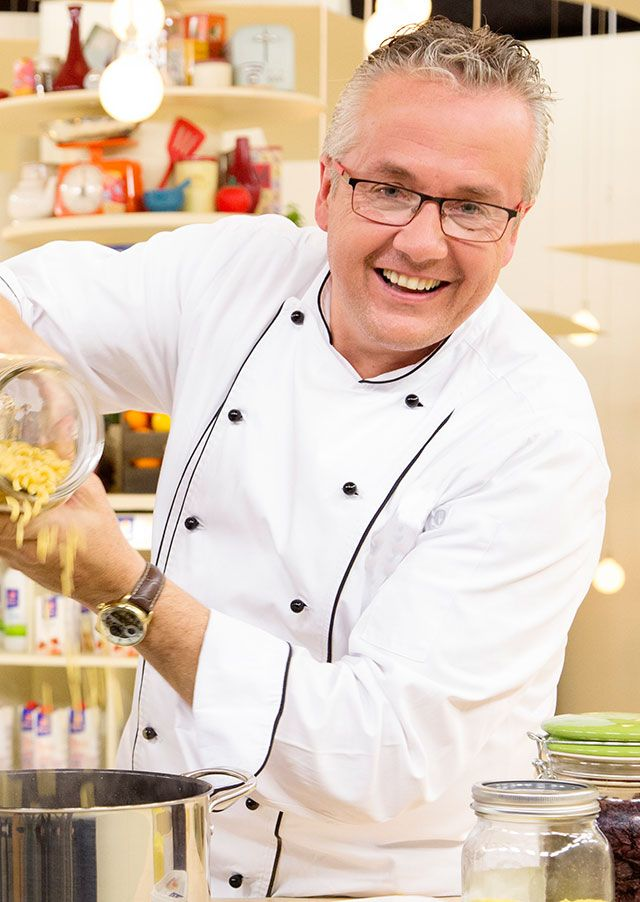 Interview: Chef Martin Kobald shares personal food choices & 11 food trends for 2017 @ChefMLK #ChefOfTheDay #JoziChefs | @JoziStyle : @JoziStyle