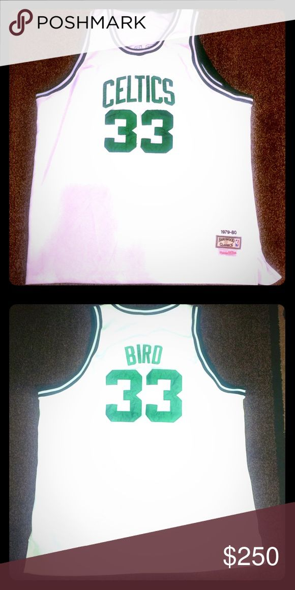 🏀Larry Bird 1979-80 Authentic Jersey 🏀 Put your pride for the Boston Celtics on full display! This Boston Celtics Larry Bird Throwback Jersey 🏀🏀🏀 Mitchell & Ness Shirts Tank Tops