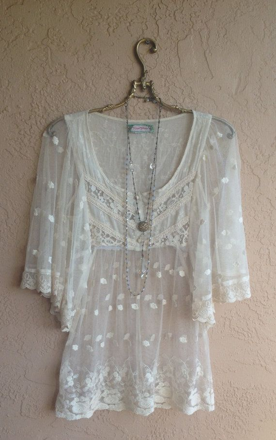1000 Ideas About Embroidered Lace On Pinterest Dress