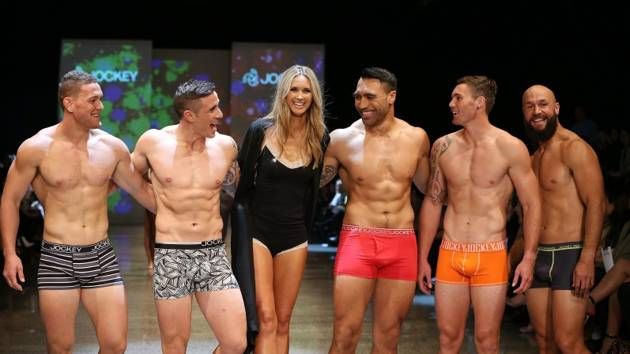 New Zealand Fashion Week: The Picture editor ahs left the building to tone himself up a bit more.....