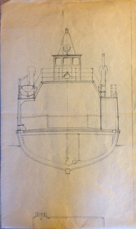 Grundtegning af IDA. Ida vejer 120 T. og har en dybdegang på 2.8 m. Motoren er en Alpha diesel ,3 cyl. fra Holeby Maskinfabrik og yder 210 Hk. Kilde: John Damgaard Steffensen.