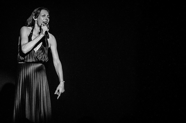 Ute Lemper - Fri 4 May 2012 -0364 by The Queen's Hall, via Flickr
