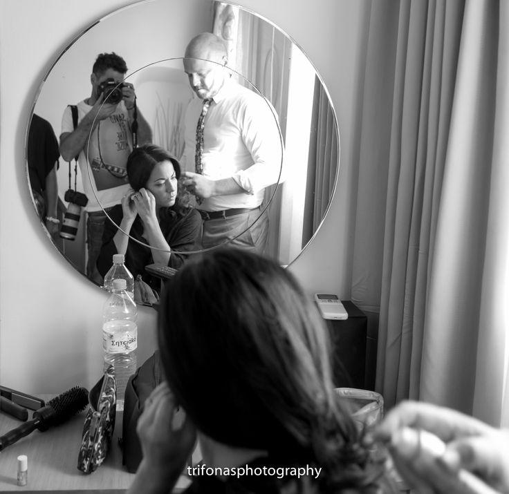 www.dreamonphotography.gr  / Santorini photographer / destination wedding photographer / wedding photography / Santorini / wedding in Santorini / Greece / island / wedding inspiration / wedding ideas / destination weddings / alternative wedding photographer / portait photography / bride / backstage / photographer in Greece / moments / real wedding / #dreamonphotography / #dreamonphotographyweddings /  #trifonasphotos