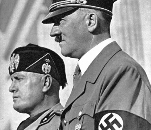 In 1933 kwam in Duitsland Adolf Hitler aan de macht. Zijn droom was om van Duitsland het machtigste land van Europa te maken. Op vrijdagochtend 10 mei 1940 werden veel Nederlanders wakker van het gebrom van vliegtuigen, ontploffende bommen en het geratel van tanks. De oorlog was begonnen, het begin van een nachtmerrie voor velen. De tweede wereldoorlog bracht bezetting en bevrijding, helden en verzet.