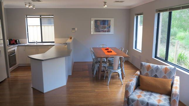 Kichen / Dining Area: Otra Casa in Dunsborough - 6 People - $300