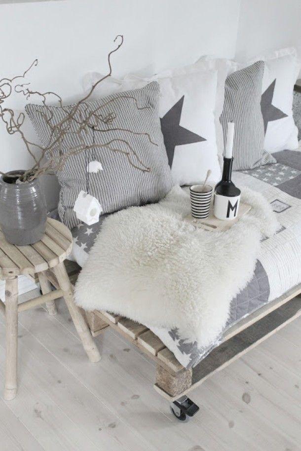 Zwart, wit & hout, + 'n beetje kleur!: Inspiratie: zomers, lekker licht & scandinavisch interieur!