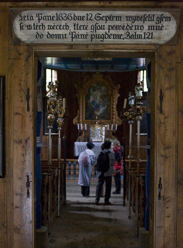 vchod do kostela, Valašské muzeum, Rožnov pod Radhoštěm