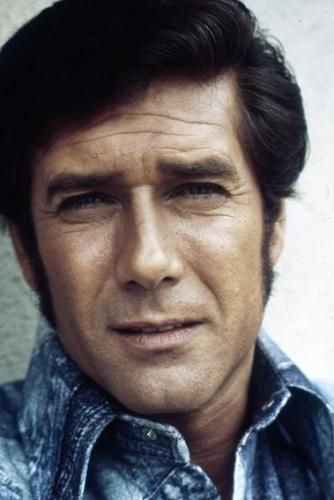 Robert Fuller starting to very slowly age... Late 30's or 40 something.