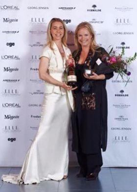 Vi er meget glade for at have en vinder i FLOT Stort tillykke til Christina Exsteen, der har modtaget Elle Style Awards 2016, for årets mærke - By Malene Birger.  www.FLOT.nu
