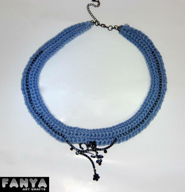 "Statement necklace ""dark glam""  *hand crocheted in acrylic fiber*"
