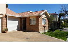 This low maintenance brick and tile 2 bedroom home in Auckland's Albany has a separate living area, outdoor living area and a northerly aspect. Its on the market for $475,000 so with a 10% deposit of $47,500 you'll need a home loan of $427,500 which will cost you approx $591 weekly (Based on a 30 year loan @6%) Call us on 0800449049 to get your home loan application underway - our services are FREE!