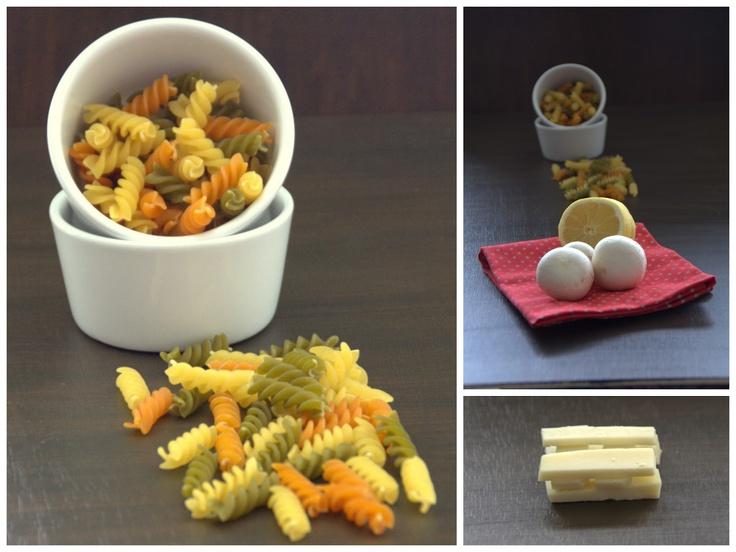 delantal o mandil: Ensalada de pasta, queso Tronchón y carpaccio de champiñón