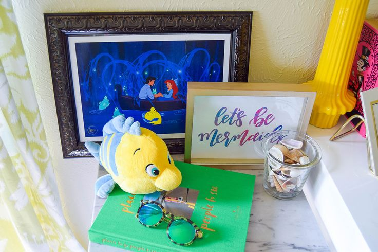 Disney typography and office decor on pinterest for Disney office decor