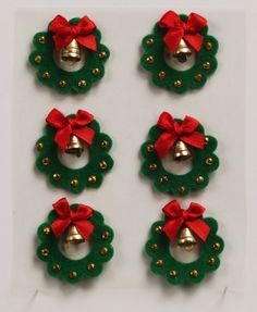 http://www.themulberry-bush.com/userfiles/lg_images/Christmas_Wreath_Felt_Embellishments.jpg