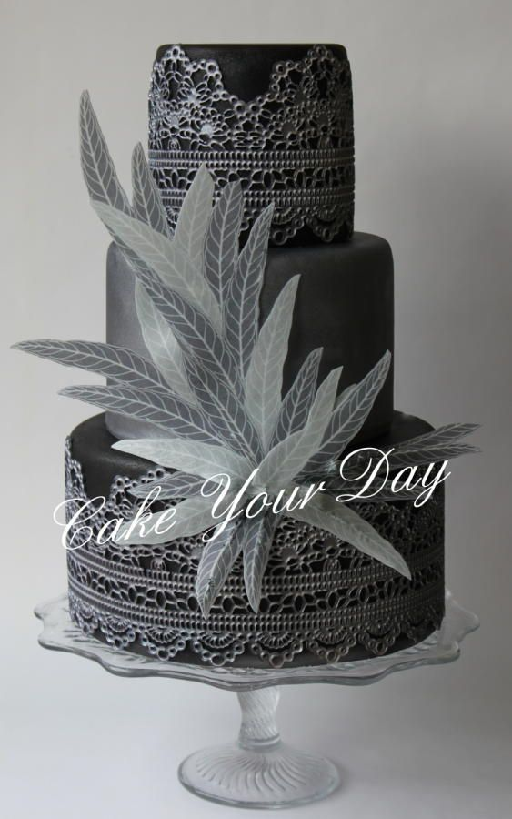Black&Silver lace cake